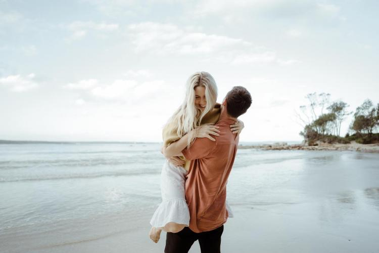 engagement photographer south coast